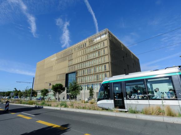 Livraison par Icade d'un immeuble de bureaux à Villejuif (94)